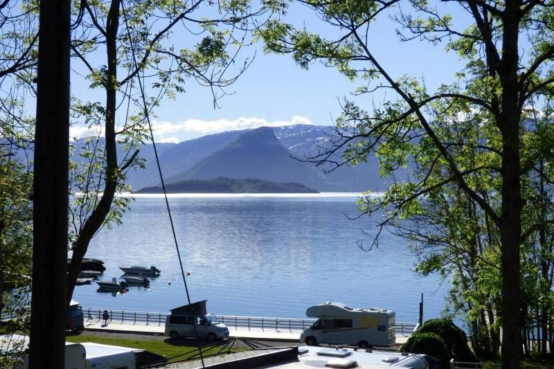 Hardanger Feriesenter kamperen Hardangerfjord