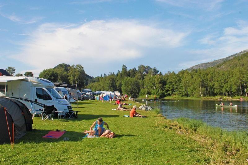 Lone Camping Bergen Kampeerplaatsen
