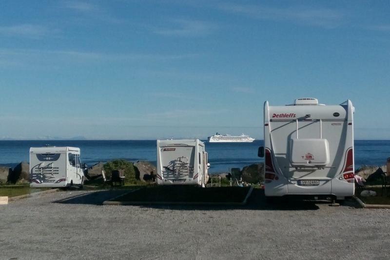 Moskenes Camping Lofoten uitzicht