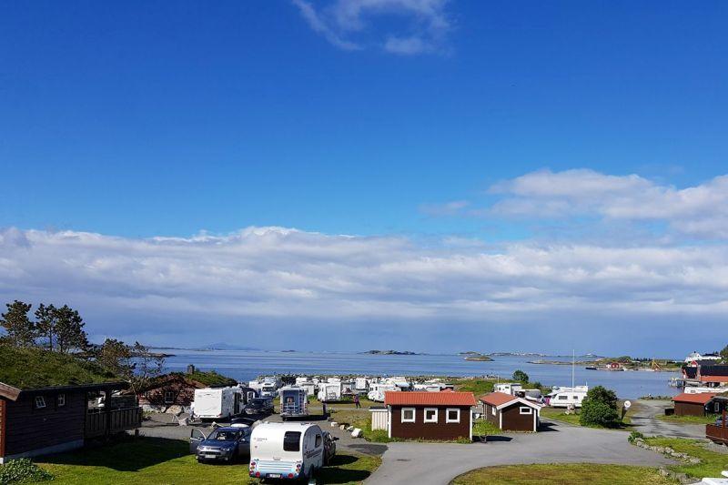 PlusCamp Bud Camping hytter en kampeerplaatsen
