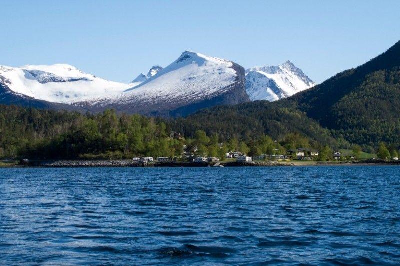 Saltkjelsnes Camping indrukwekkende omgeving