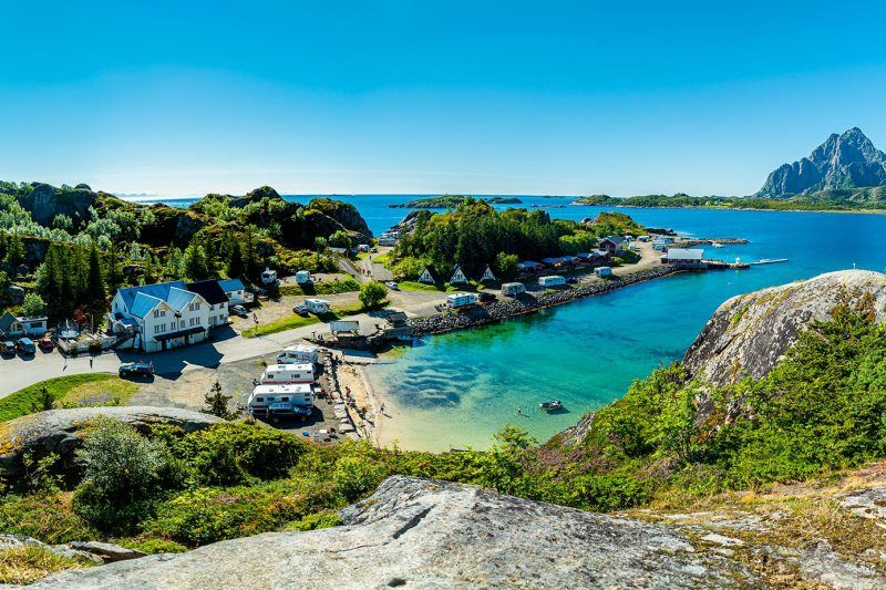 Sandvika Fjord og Sjohus Camping strandje