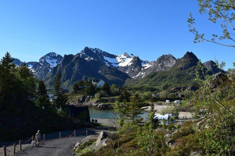 Sandvika Fjord og Sjohus Camping uitzicht vanaf plateau