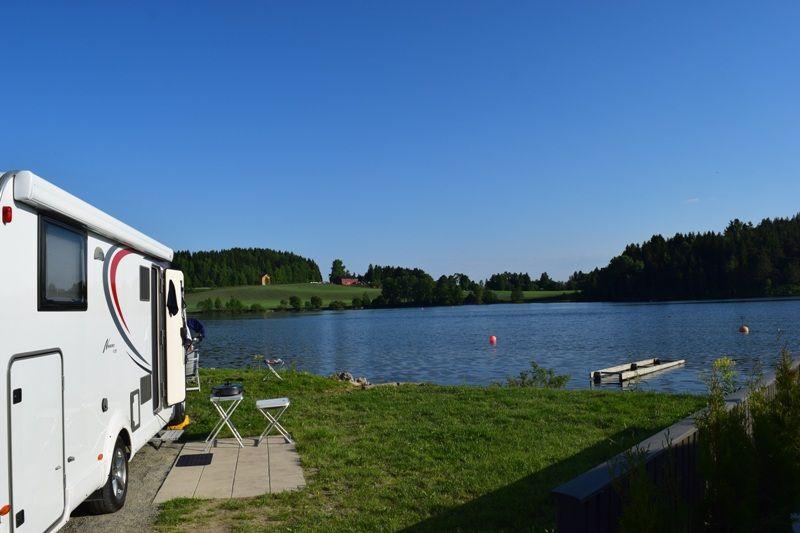 Steinvik Camping Kampeerplaatsen aan het water