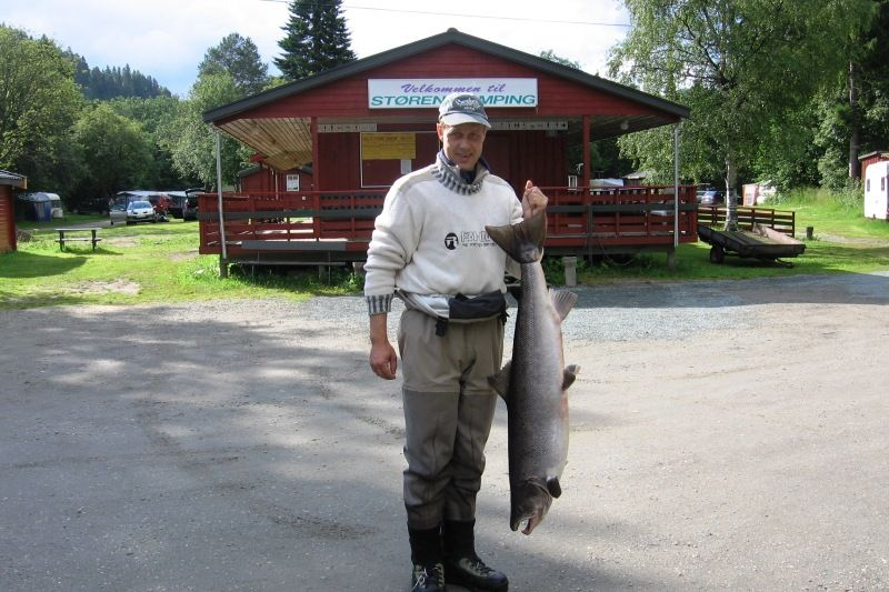 Storen Camping zalm vissen